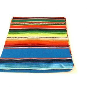 Decke mit Streifen